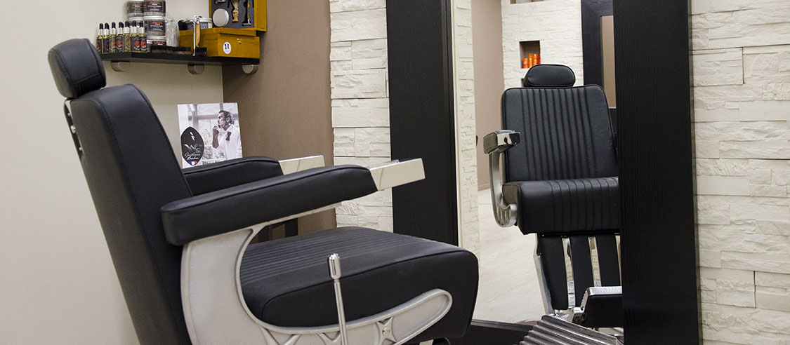 Poste de barbier su Salon Sébastien Bourret